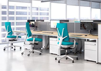 Funkcjonalne meble dla pracowników