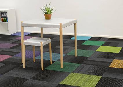Płytki dywanowe w firmie