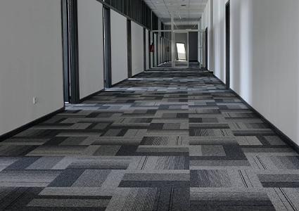 Biurowe płytki dywanowe