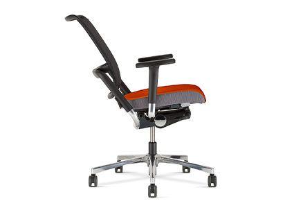 Krzesło pracownicze z regulowanym oparciem