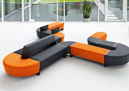 Modułowe systemy siedzisk do biur